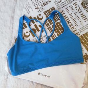 LULULEMON free to be sport bra in blue Size 6